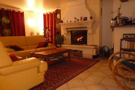 Vaste maison dans le Champsaur - Chabottes