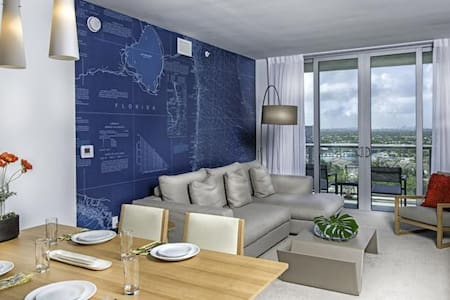 One Bedroom Suite-Beachwalk Resort - Hallandale Beach - Appartamento