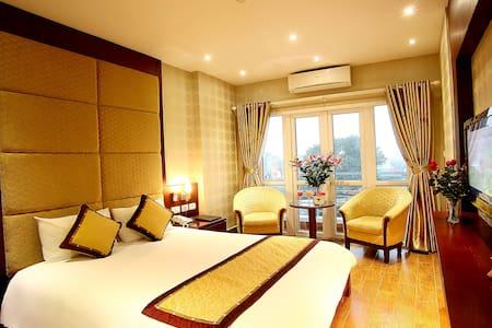 Hanoi View 2 Hotel - Deluxe room with Balcony - Hanoi
