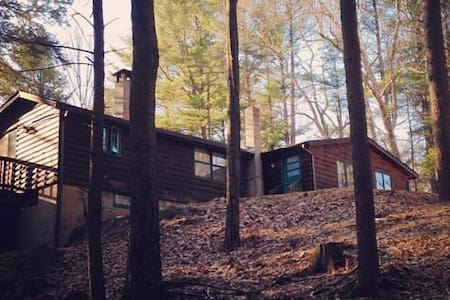 Cabin in the Woods - Milford - Cabin