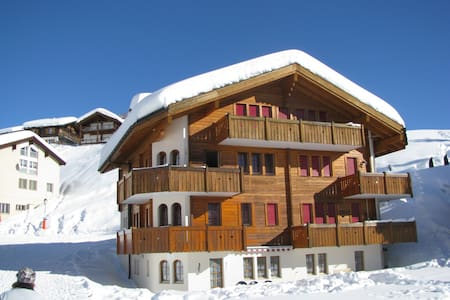 Haus Brunnen***, 2.Stock Süd - Riederalp - Appartement