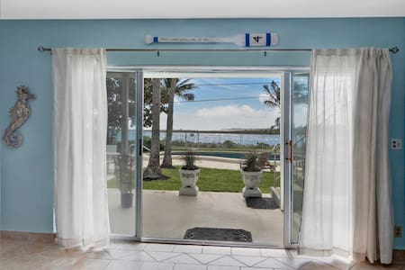 206 Portside-Main Unit - Palm Beach Shores - Boutique-hotelli