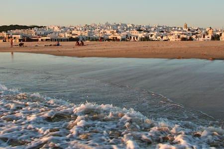 Estudio en Conil a menos de 5 min de la playa - Lejlighedskompleks