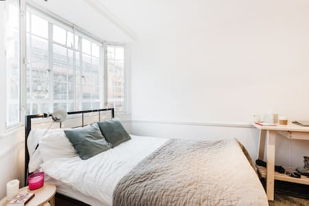 Cosy Studio Apartment in Chelsea, Central London - Londres