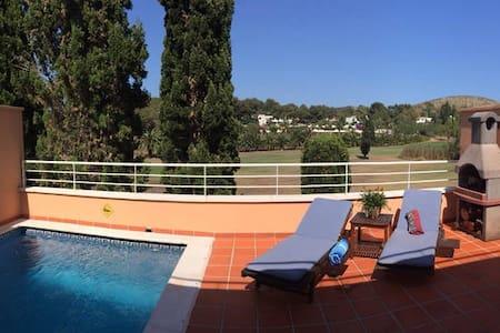 Apartment in Roca Llisa Golf - Casa