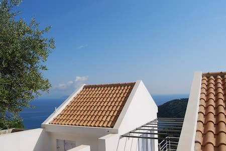 House in Kioni, Ithaca, Greece - Casa