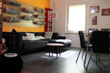 Monolocale soppalcato con bagno - Montelabbate - Apartment