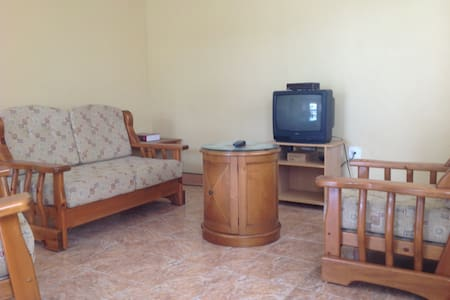 Garden view, spacious one bedroom. - Frigate Bay - Apartment