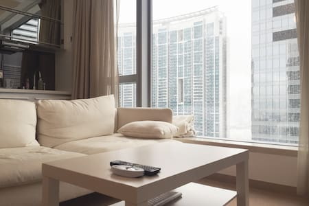 BEST luxury view in Kowloon - Cental 5 mins away - Apartment