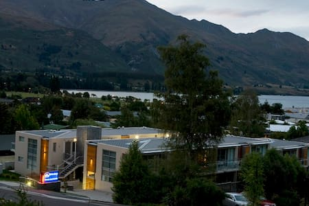 Wanaka 2br downtown apartment - Apartment