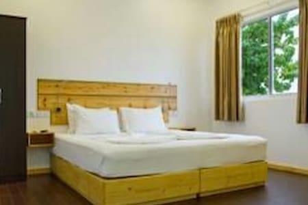 Royal Pearl Inn - Maafushi - Bed & Breakfast