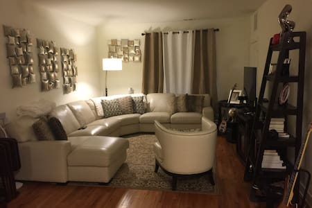 Charming 1 Bedroom clean and cozy - Carteret - Appartamento