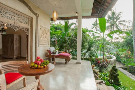 Delux Pool Suite  With Superb Views - Ubud - House