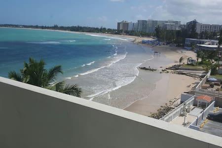 Ocean Front apartment in Isla Verde - 佛得島(Isla Verde) - 公寓