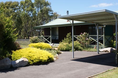 Mornington Farmstay - Moorooduc