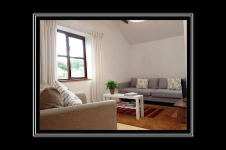The Garden Flat, a peaceful location close to Bath - Combe Down - Apartemen