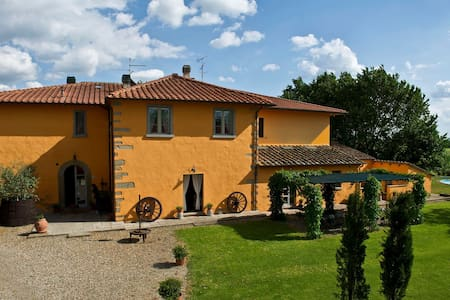 Camera Matrimoniale-La Scuderia B&B - Bed & Breakfast