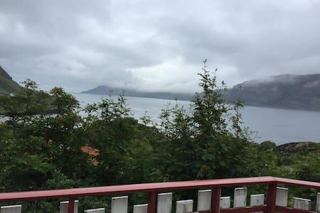 Fantastic cabin in amazing scenery - Vestvågøy