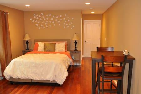 5-star room in Old Palo Alto - Palo Alto - Hus