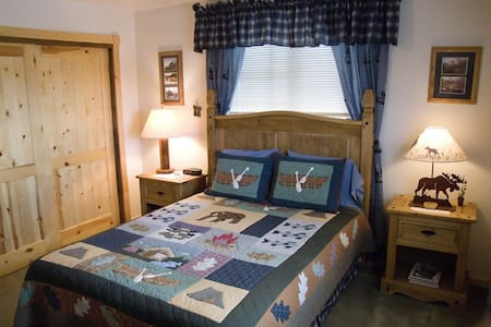 Mountain Top Bed And Breakfast Ponderosa Ca