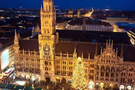 Central place in Munich - München