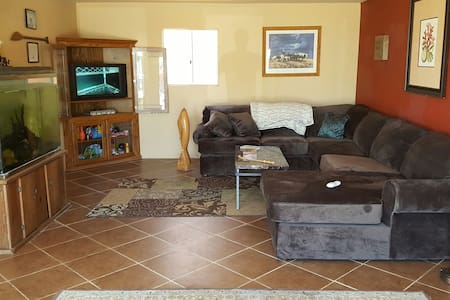 Large 1 bedroom - Ocean/360 mtn. - Alpine - Stuga