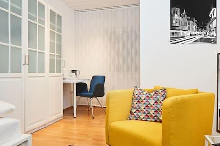 """Einzelzimmer """" Sauerland 18"""" - Attendorn - Rumah Tamu"""