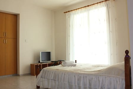 "Studio in Paphos ""Gregory court"" - Wohnung"