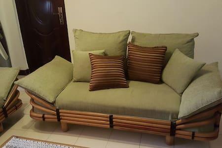 Cosy private room near JKIA Airport - Nairobi - Lägenhet