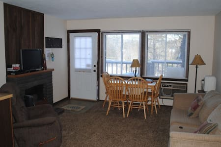 Bryce Resort Condo:  Updated cabinets + more - Basye - Apartment