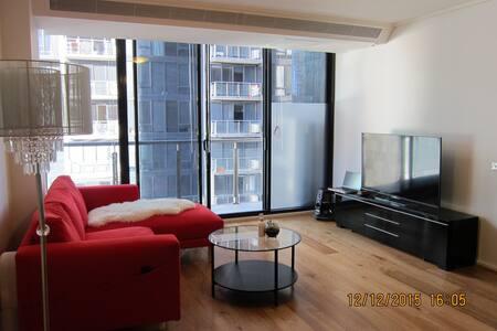 Luxury 1 bedroom with ensuit bathrm