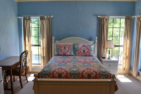 The Blue Room at Oak Creek RV Resort - Apartamento