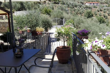 B&B Aqua Dulza - Camera Ginestra - Bed & Breakfast