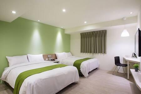 Green Hotel-Deluxe Quadruple Room - Appartamento