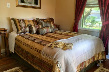 Relaxing Cottage Perfect for Couples and Singles - Pensacola - Apartamento