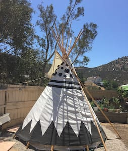 Spirit Sky Tipi @ Mystic Canyon Inn - Tipi (indián sátor)