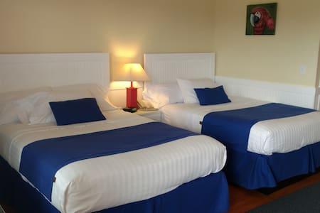 Topsail Shores Inn (2 Double bedroom) - Otros