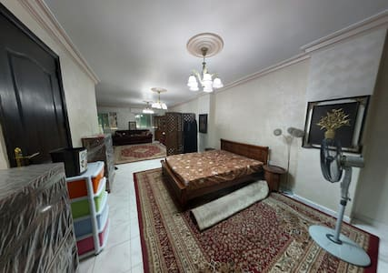 Separated room,foreign females only - Amman