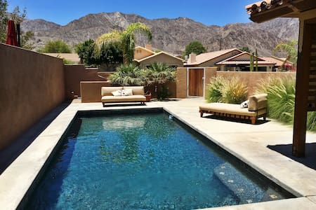 La Quinta Luxury Pool Home With Views - Casa
