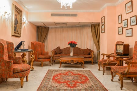 3 BEDROOM COSY NILE VIEW - Zamalek - Apartemen