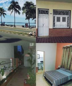 Hostal Bahia Blue - Casa