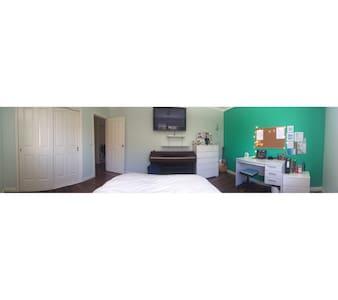 Anny's Room
