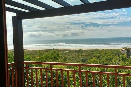 Casa do Sol Nascente - Praia da Vila, Imbituba - Imbituba