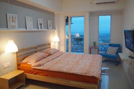 Charming Studio Apartment in West Surabaya - Surabaya - Huoneisto