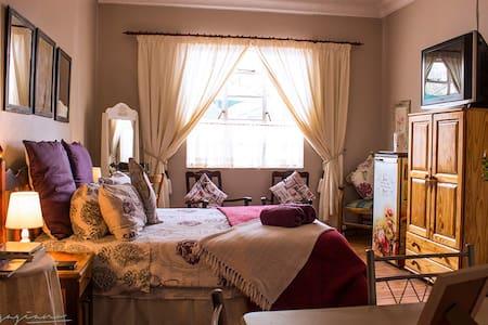 Estralita Guest House - Kimberley - Casa de hóspedes