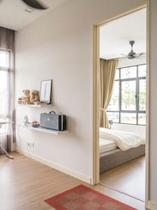 Cozy Co-living,Batu Ferringhi - Hus