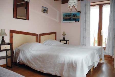 Chambre Kenya - Bed & Breakfast