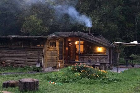 Privéparadijs in de Natuur|Ardennen - Éteignières - Hütte
