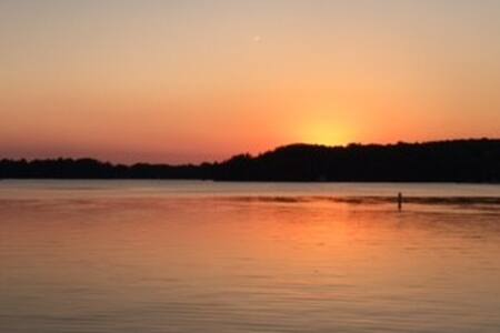 Elkhart Lake - Huoneisto