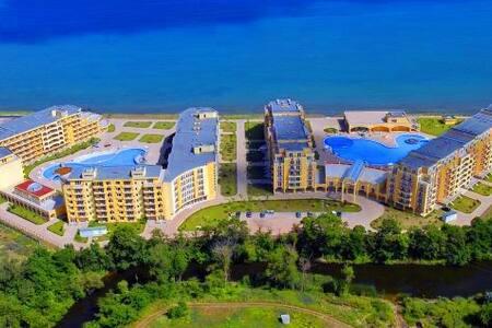 Studio Midia Grand Resort J303 - Aheloy